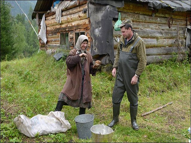 10 Survival Skills Your Great-Grandparents Knew (That Most of Us Have Forgotten)
